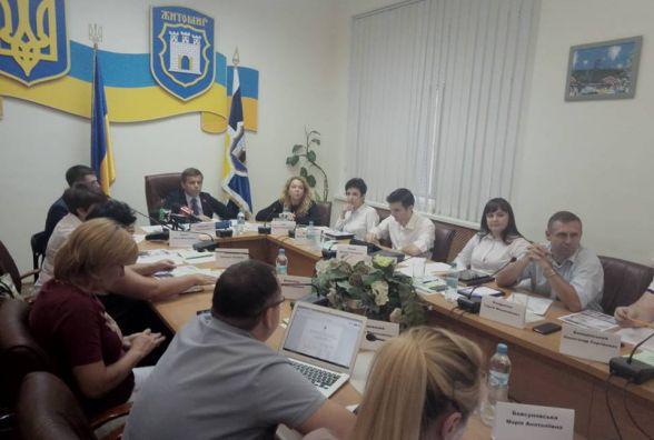 Виконавчий комітет не зміг розглянути дитячі питання, адже засідання було зірване