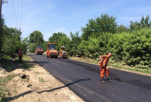 У Ружинському районі вперше за 25 років почали ремонтувати дороги