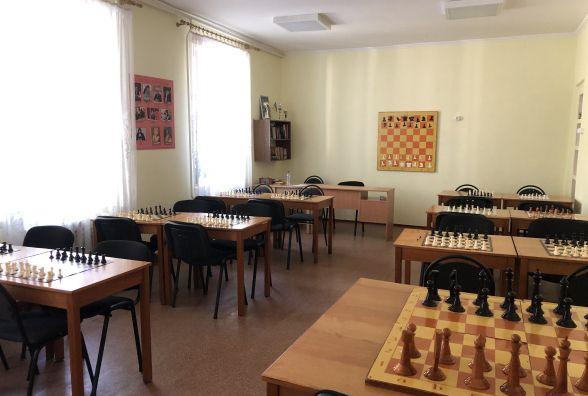 Залишити приміщення не можна об'єднати: про злиття двох спортивних шкіл Житомира