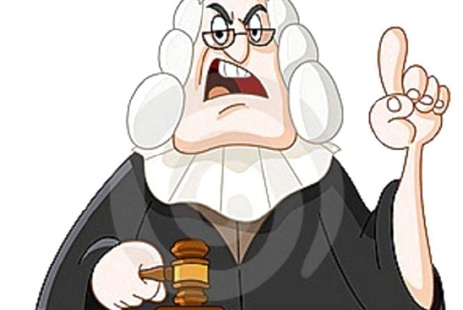 Суддя Сингаївський вирішив, що батько не має права проживати з неповнолітнім сином
