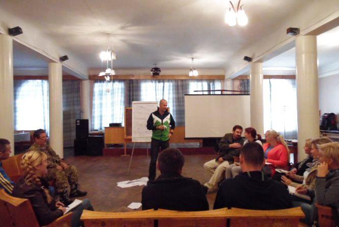 Ветеран ветерану: у Житомирі навчали долати бойові травми