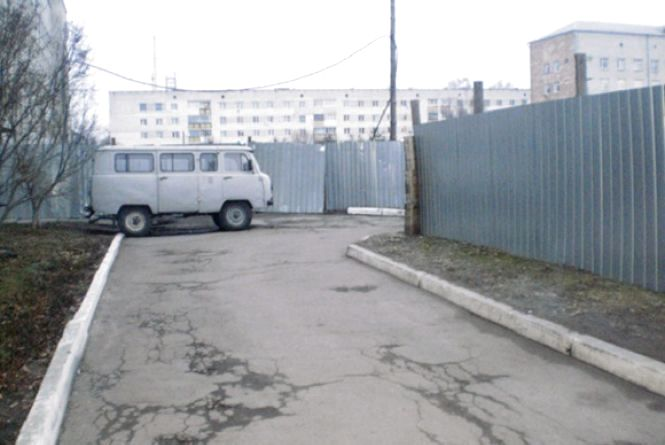 У Новограді-Волинському злодій пограбував жінку, а гроші витратив на застілля