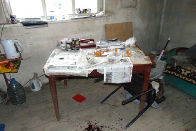 Поліція затримала трьох чоловіків, який підозрюють у пограбуванні підприємства та вбивстві сторожа. Фото