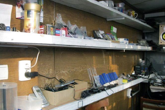 У Новограді-Волинському студент обікрав кіоск на 16 тисяч гривень – поліція