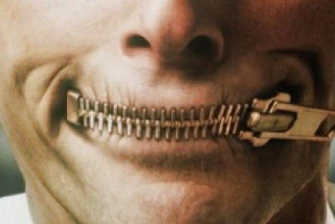 СБУ попередила громадського активіста про відповідальність за висловлення своїх думок у соціальній мережі