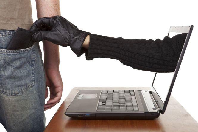 Кількість українських сайтів, які крадуть дані банківських карток, зросла в 4,5 рази