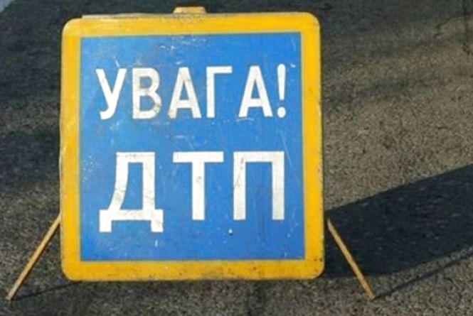 На Житомирщині зіткнулися 2 автомобілі: травмовано трьох дорослих і двох дітей