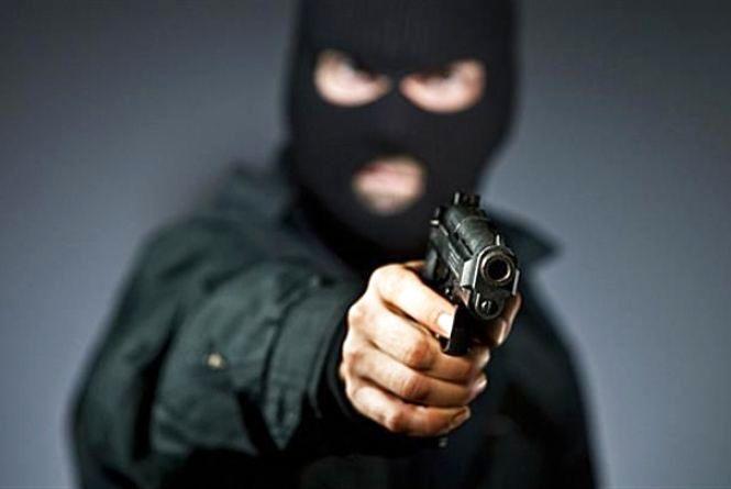 На Житомирщині за розбійний напад на ювелірну крамницю судитимуть злочинну групу