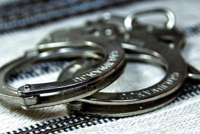 На Житомирщині впіймали чоловіка з двома шприцами наркотиків