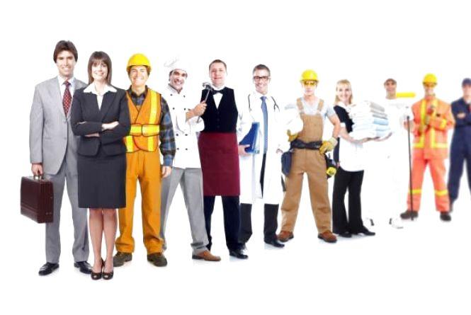 В Україні серед безробітних переважають жінки