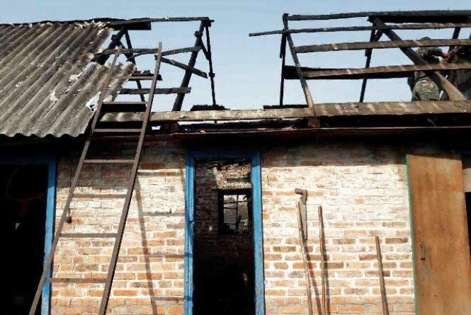 За добу на Житомирщині сталося дві пожежі через недбалість господарів