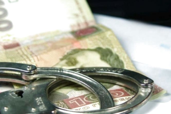 «Паркова» корупція: посадовця якого комунального підприємства взяли на хабарі у 20 тисяч?