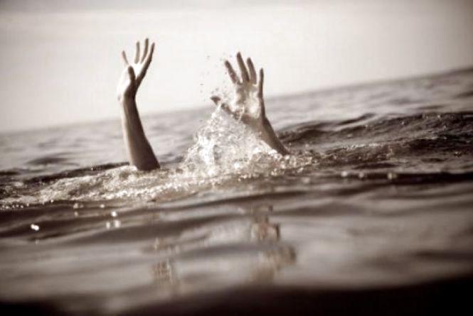 На Житомирщині у річці втопився чоловік
