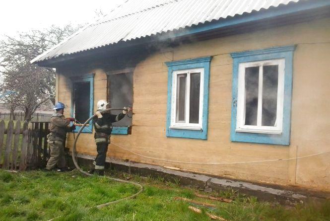 Під час пожежі на Житомирщині рятувальники виявили тіло чоловіка