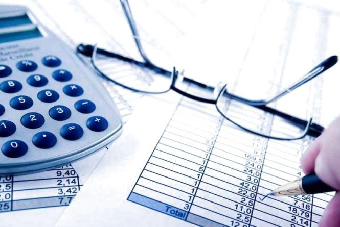 Податківці Житомирщини нагадують: 28 квітня – останній день сплати податкових зобов'язань