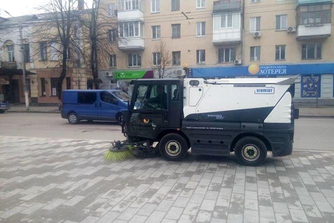 У Житомирі запровадять нічне прибирання вулиць