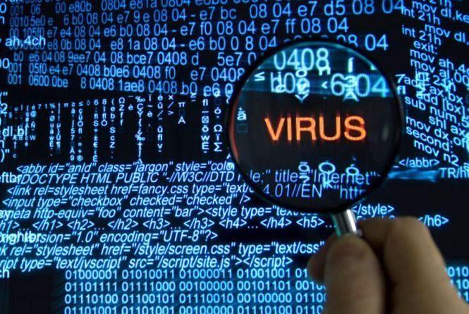 Кіберполіція радить українцям, як не стати жертвою віруса-вимагача