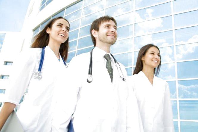 Уряд звільнив студентів-медиків від обов'язкового відпрацювання