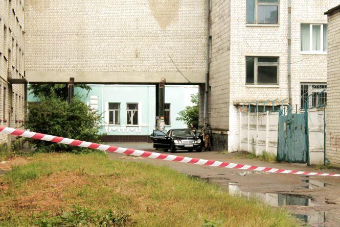 У  Житомирі поблизу апеляційного суду невідомі замінували автомобіль