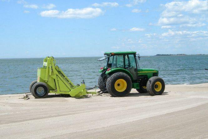 Міська влада придбає для житомирських пляжів машину для чистки піску вартістю понад 200 тис грн