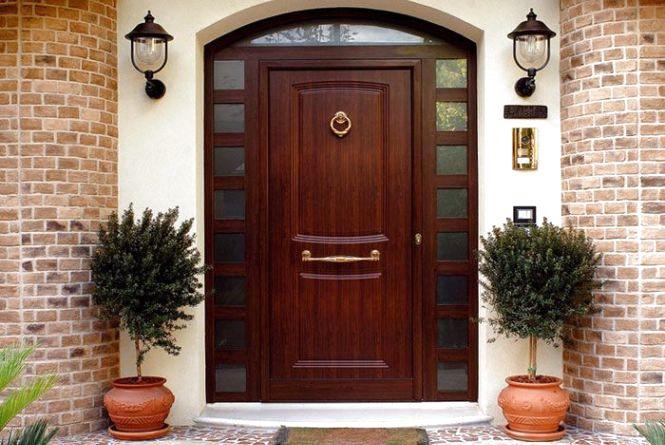 Как обезопасить себя и свое имущество. Выбираем входную дверь