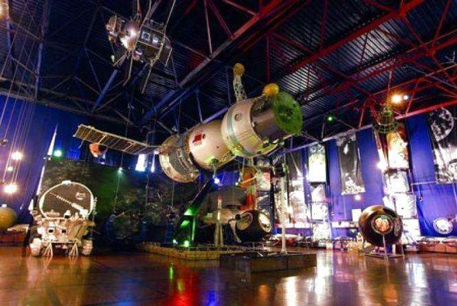 Небайдужі житомиряни зібрали для Музею космонавтики 43 тис. грн