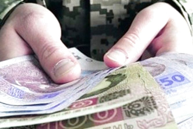 Пенсії військовослужбовців можуть зрости вже з січня 2018 року