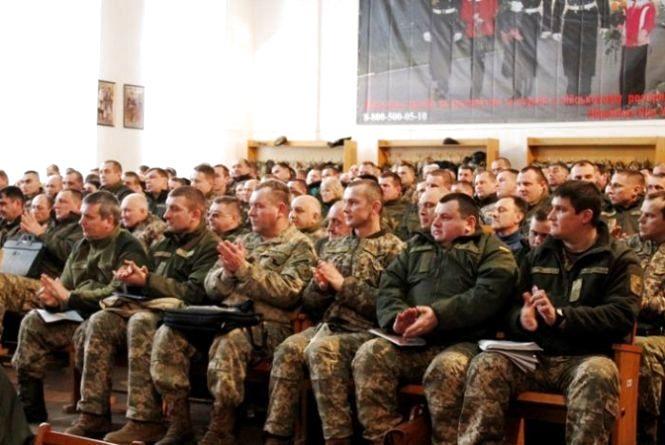 На Житомирщині нагородили кращі військкомати