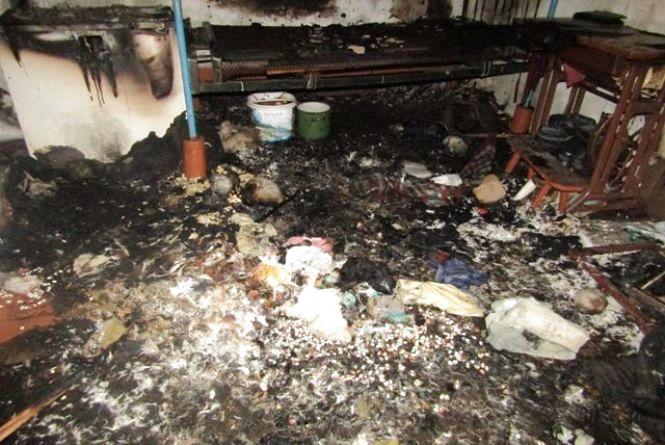 Під час пожежі в житловому будинку син виявив загиблу матір