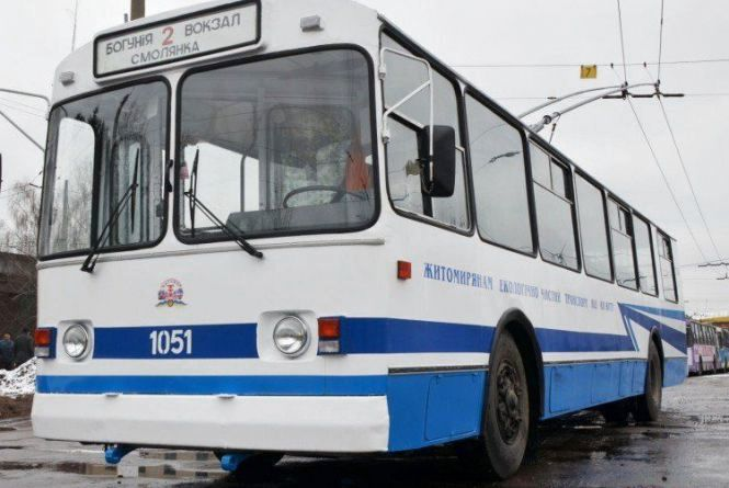Міськрада  платитиме  житомирському ТТУ за пасажирів: 1 км проїзду в тролейбусі коштує 33 грн, в трамваї – 39 грн