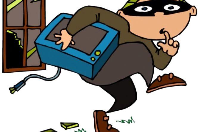 Поліція спіймала злочинця, котрий за ніч здійснив чотири крадіжки