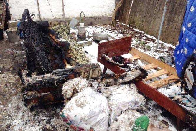 Приватний будинок мало не згорів у Радомишлі. Причина все та ж — пічне опалення