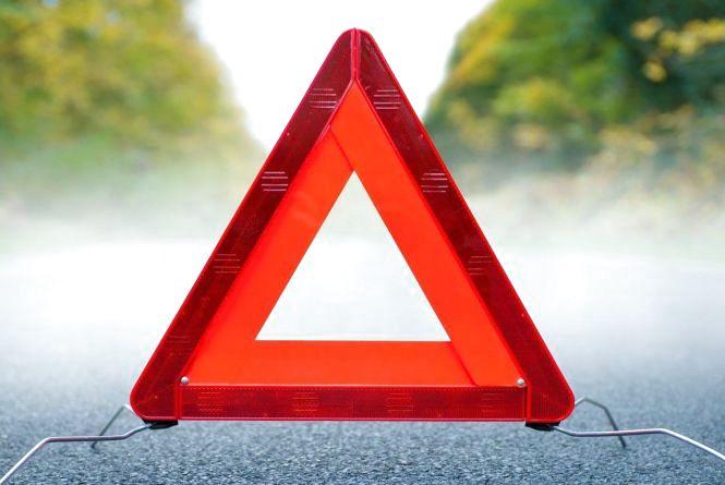 У результаті зіткнення двох автомобілів постраждала жінка, яка була на пасажирському сидінні