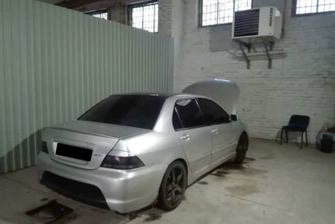 У Житомирі намагалися перереєструвати авто з фальшивими номерами кузова й двигуна