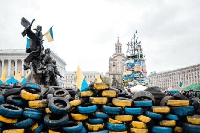 Президент України підписав Закон, який надає право членам родин загиблих учасників Революції Гідності на призначення дострокових пенсій