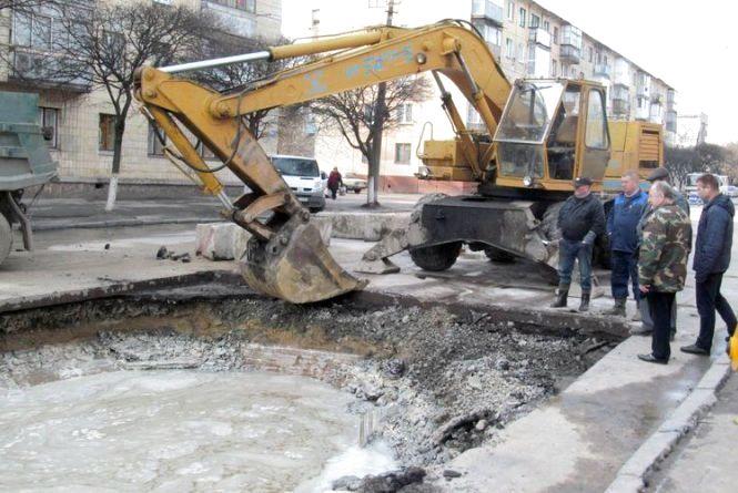 Водоканал повідомляє про ремонтні роботи
