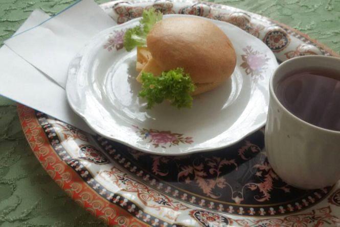 Бургери і гречка: фото сніданків житомирських школярів відтепер щодня в Інтернеті
