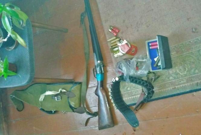 Поліція попереджає громадян про кримінальну відповідальність за незаконне поводження зі зброєю і боєприпасами