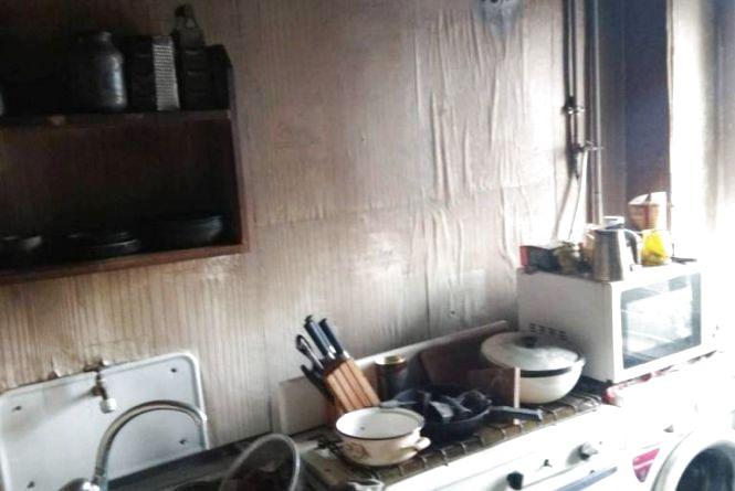У Коростені через коротке замикання сталася пожежа в багатоповерхівці