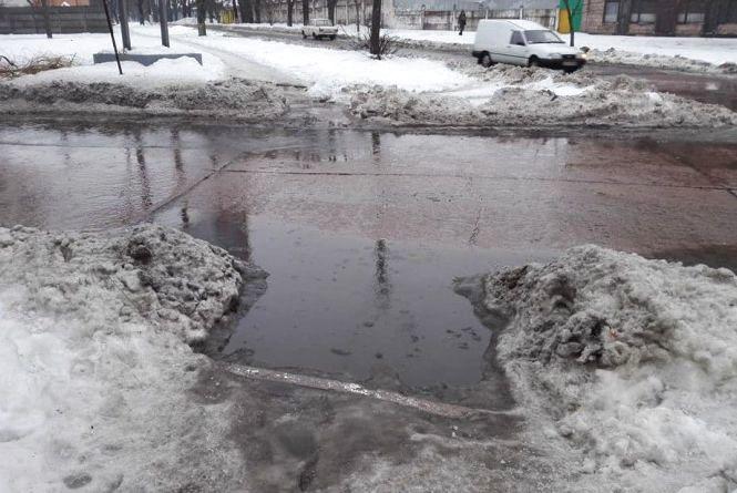 Житомирян попереджають про нестійкі погодні умови та закликають до обережності