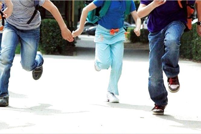 У Житомирському районі поліція повернула додому трьох юних втікачів