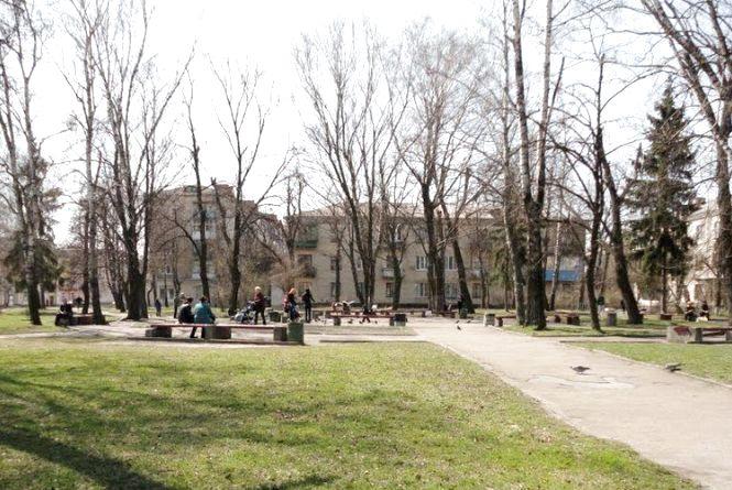 Міськрада знайшла кошти для реконструкції скверу на Лятошинського-Небесної Сотні