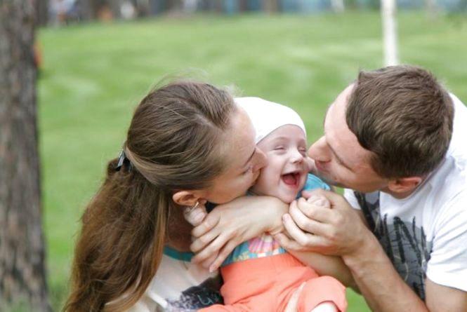 Після звернення до голови ОДА дівчинці з Лугинського району встановили слуховий імплант
