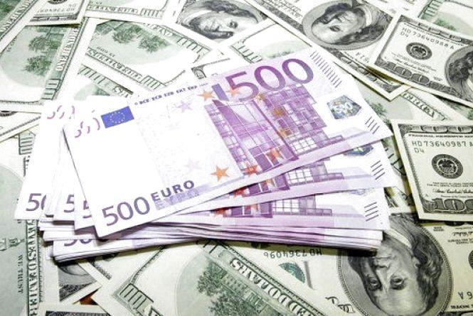 Курс валют на 18 травня:  євро знову дорожчає