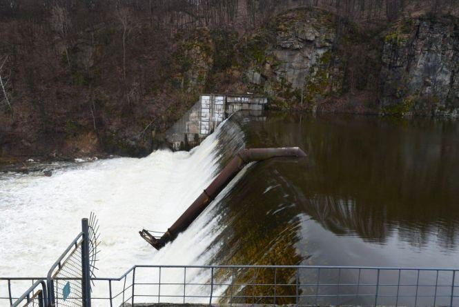У Житомирі ГЕС знищує екосистему на річці Тетерів. ВІДЕО