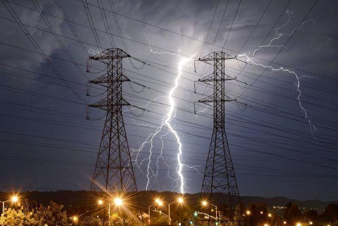 Внаслідок грози без світла залишився 31 населений пункт у 5 районах Житомирщини
