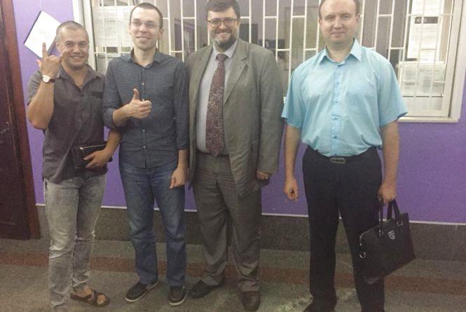 Житомирський суд відпустив з-під варти блогера Муравицького під домашній арешт