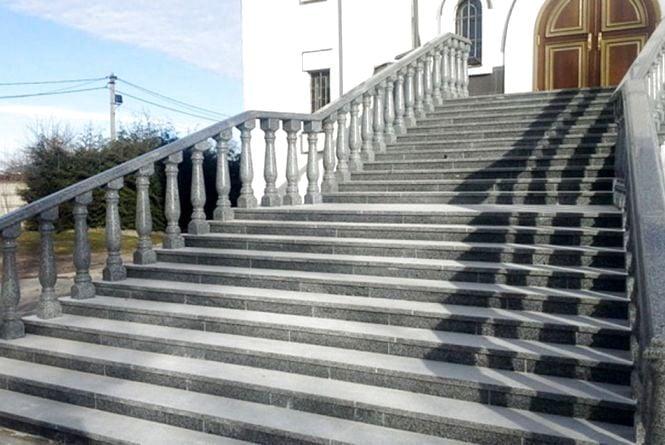 Вхідні сходи: сучасні варіанти дизайну