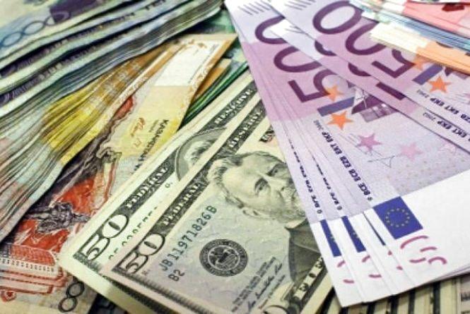 Курс валют на 17 липня: гривня зміцнилася