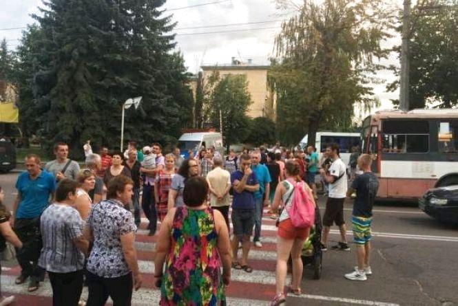 Міська рада виділила 150 тис. грн на капремонт мешканцям, які перекривали вулицю Бердичівську